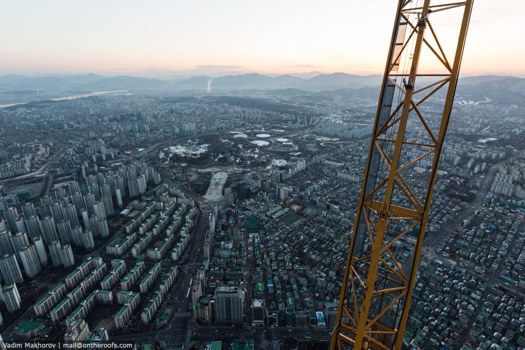 South Korea and the skyscraper, the Lotte World Premium Tower 04