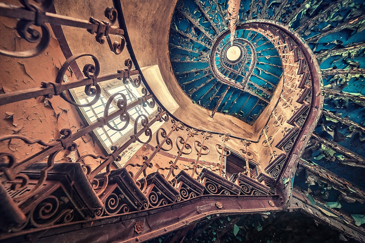 The abstract beauty of abandoned spaces in the works of Matthias Hacker 18