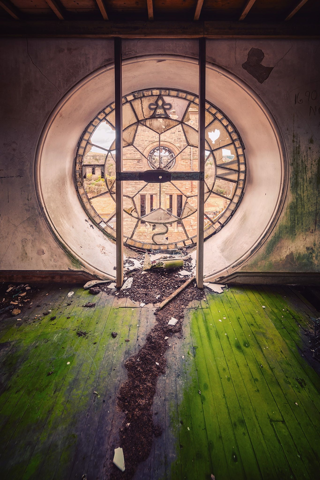 The abstract beauty of abandoned spaces in the works of Matthias Hacker 25