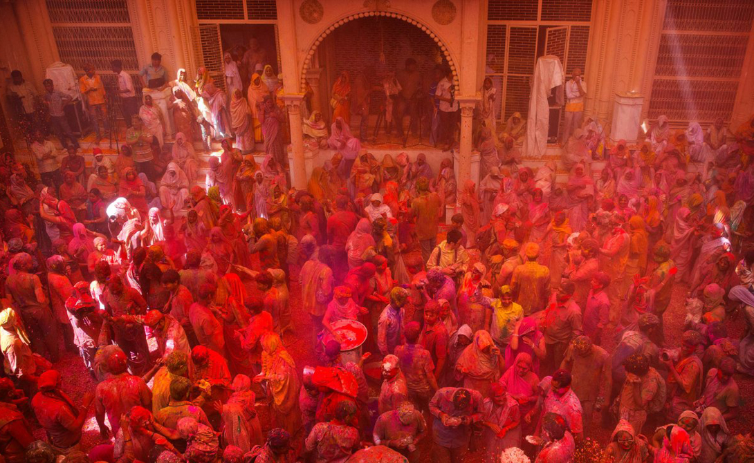 The festival of Holi the most colourful festival in the world 08