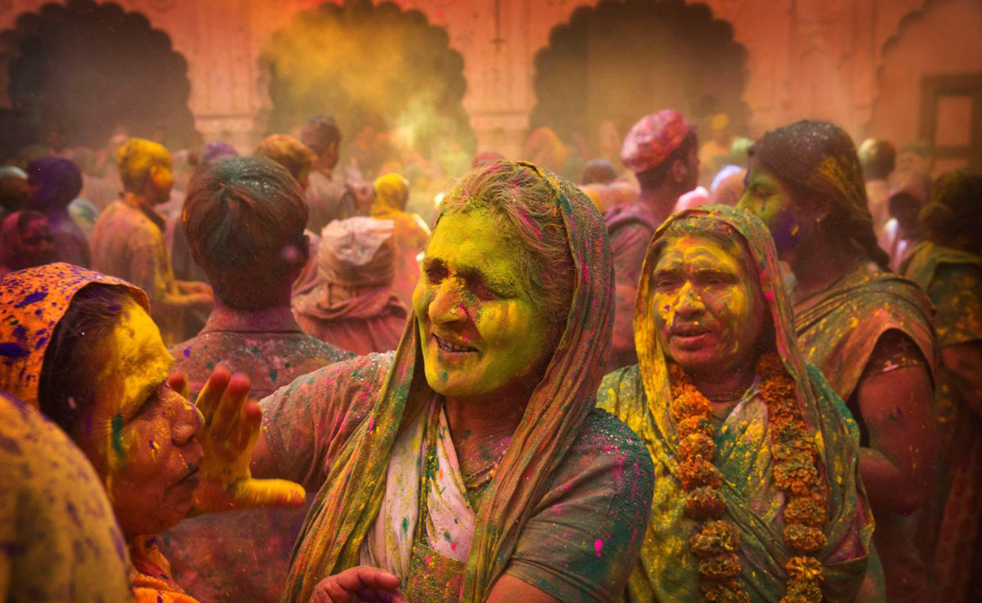 The festival of Holi the most colourful festival in the world 13