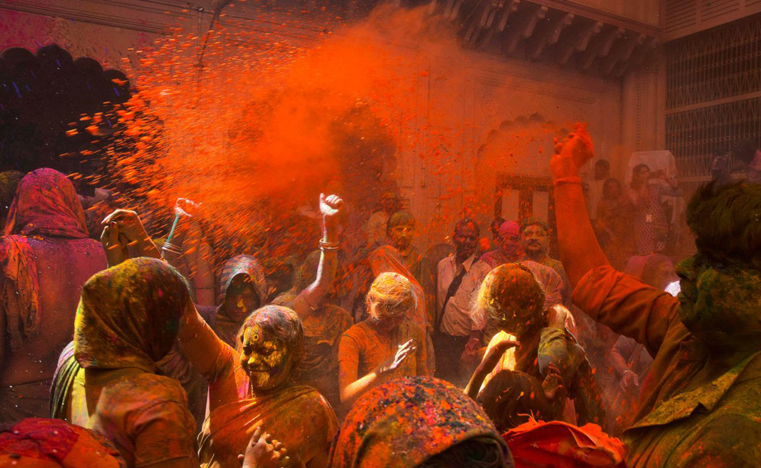 The festival of Holi the most colourful festival in the world 14