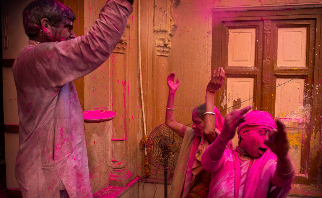 The festival of Holi the most colourful festival in the world 15