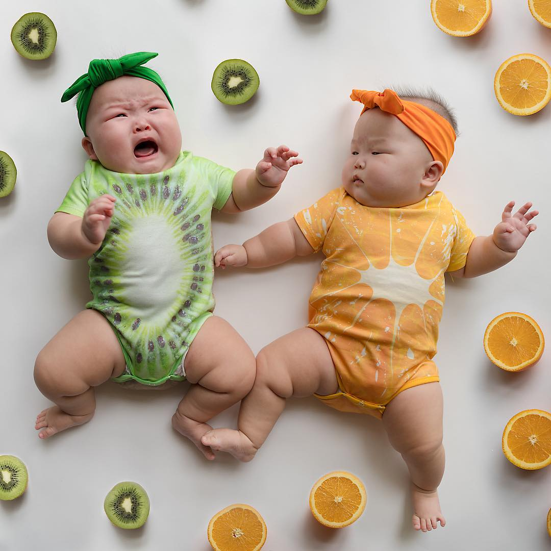 The twins in the wonderful photo shoot, which was created by the mother 05