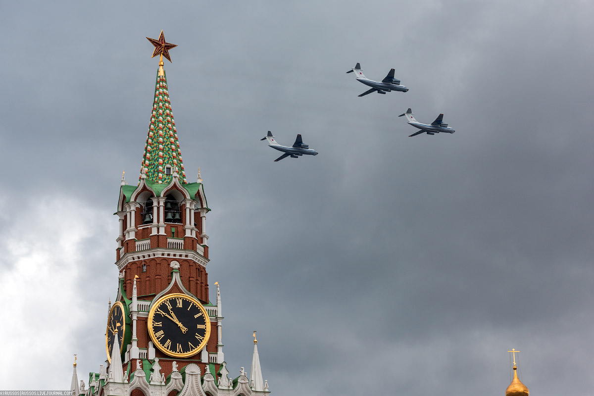 A rehearsal of aircraft parade on Victory Day 08