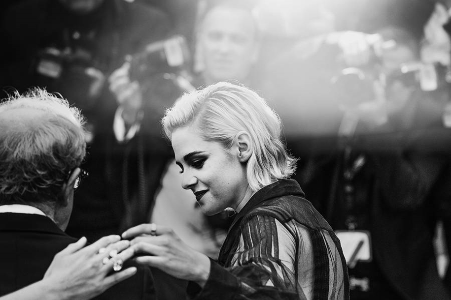 Black-and-white photos of movie stars with the Cannes film festival 2016 in the lens of Vincent Desailly 07
