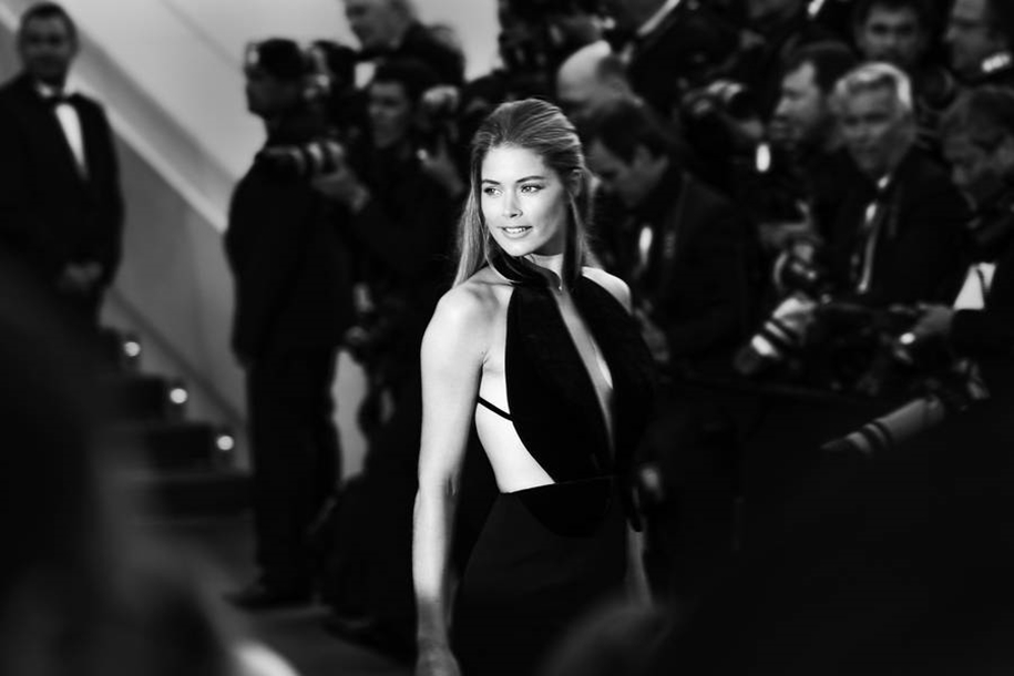 Black-and-white photos of movie stars with the Cannes film festival 2016 in the lens of Vincent Desailly 10