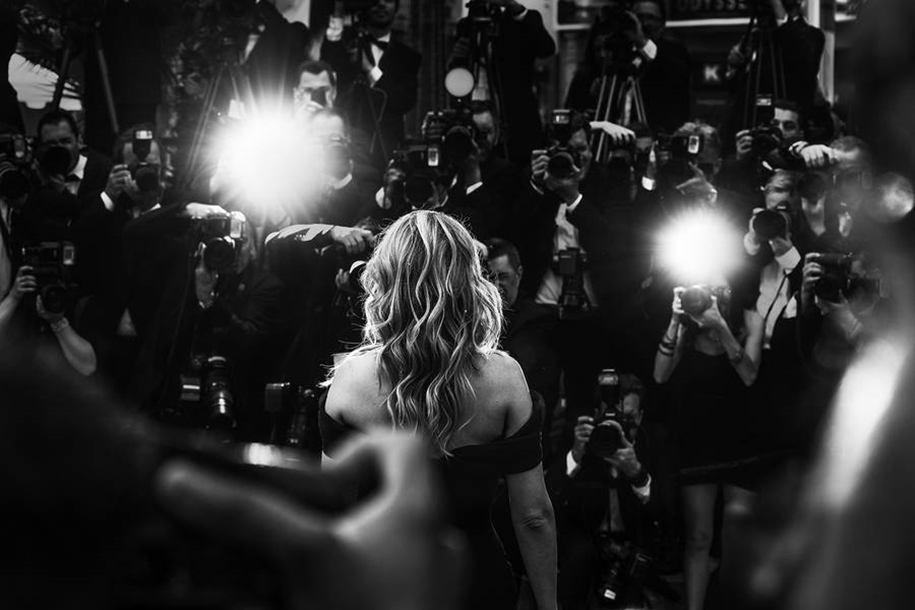 Black-and-white photos of movie stars with the Cannes film festival 2016 in the lens of Vincent Desailly 25