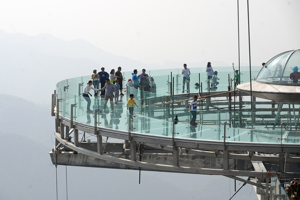 Glass observation deck at a height of 400 meters 06