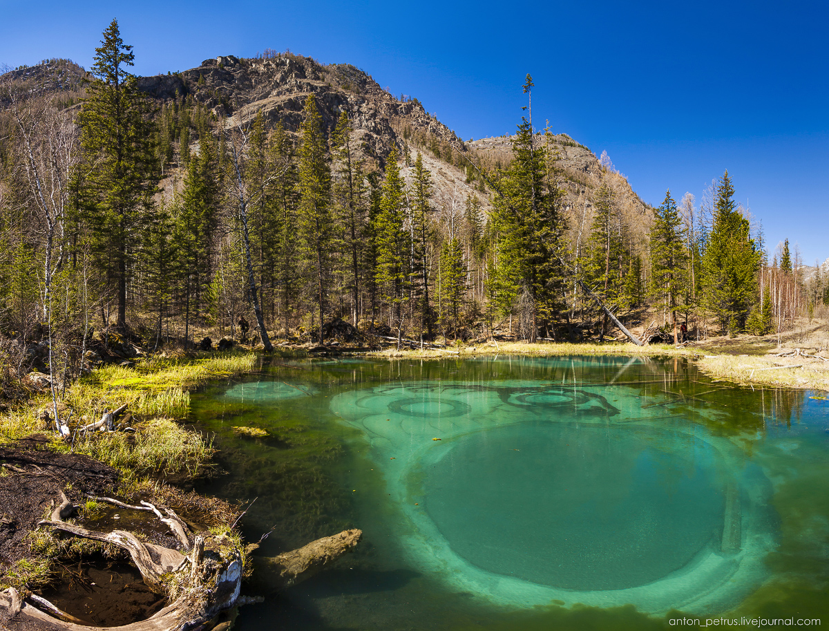 Hot spring lake in the Altai 07