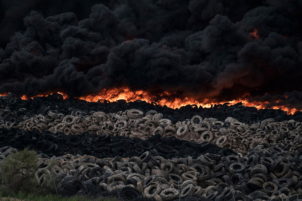 In Europe burned largest landfill tires 03