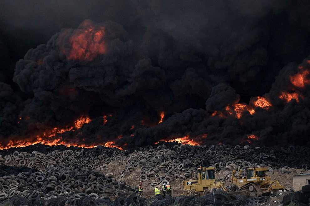 In Europe burned largest landfill tires 04