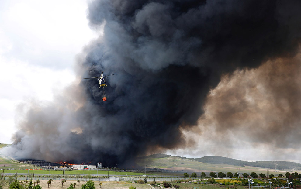 In Europe burned largest landfill tires 06