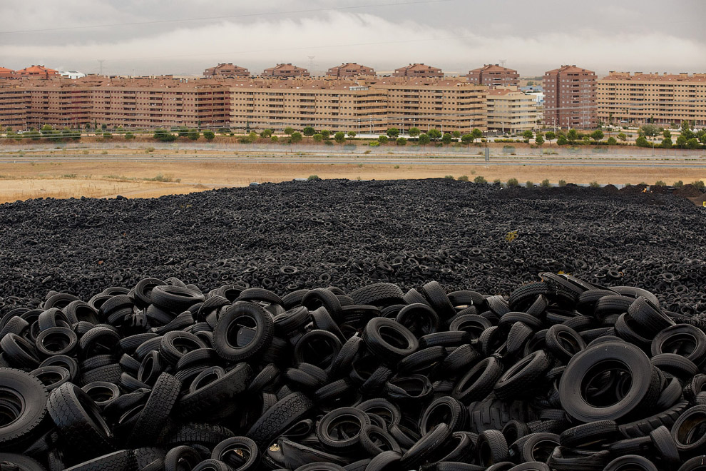 In Europe burned largest landfill tires 14