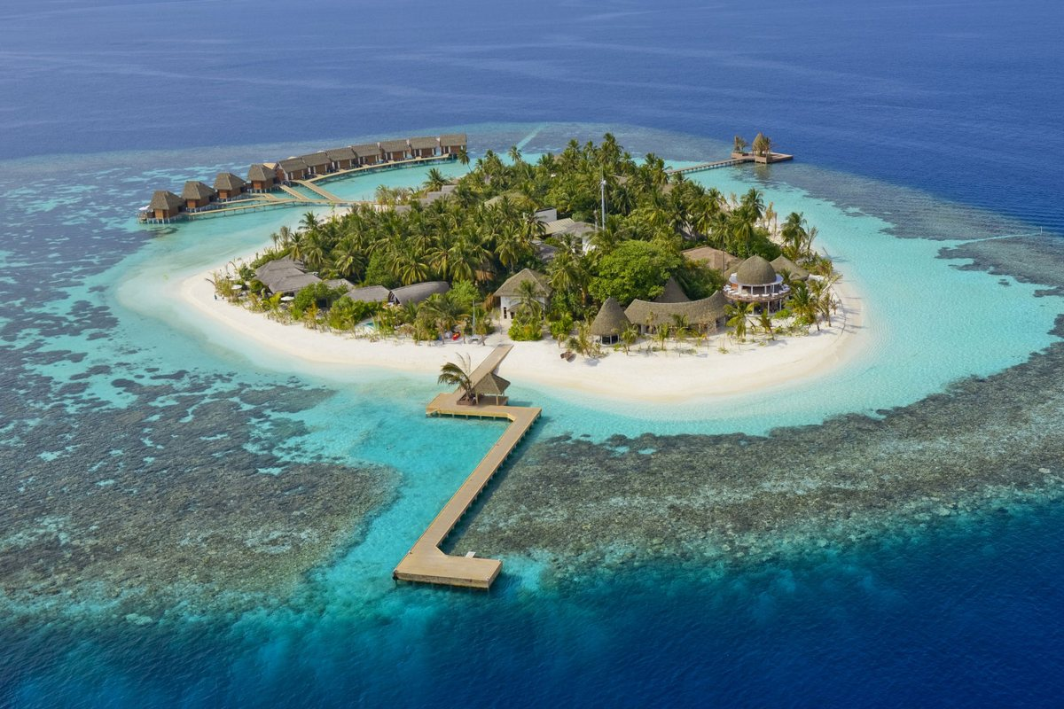 Island resort in the Maldives 01