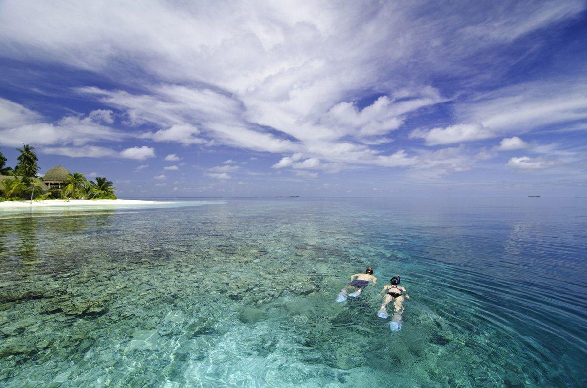 Island resort in the Maldives 03