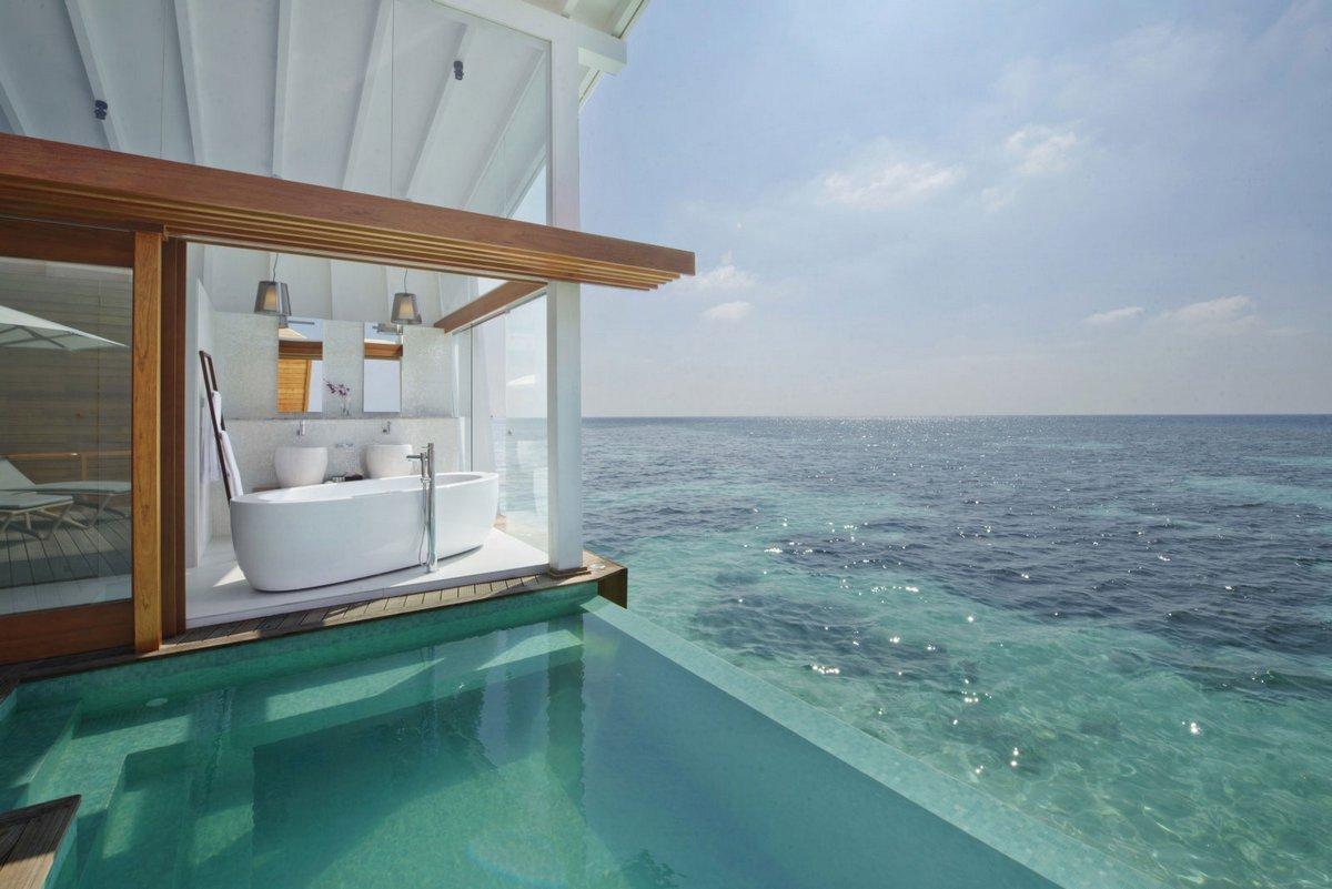 Island resort in the Maldives 09