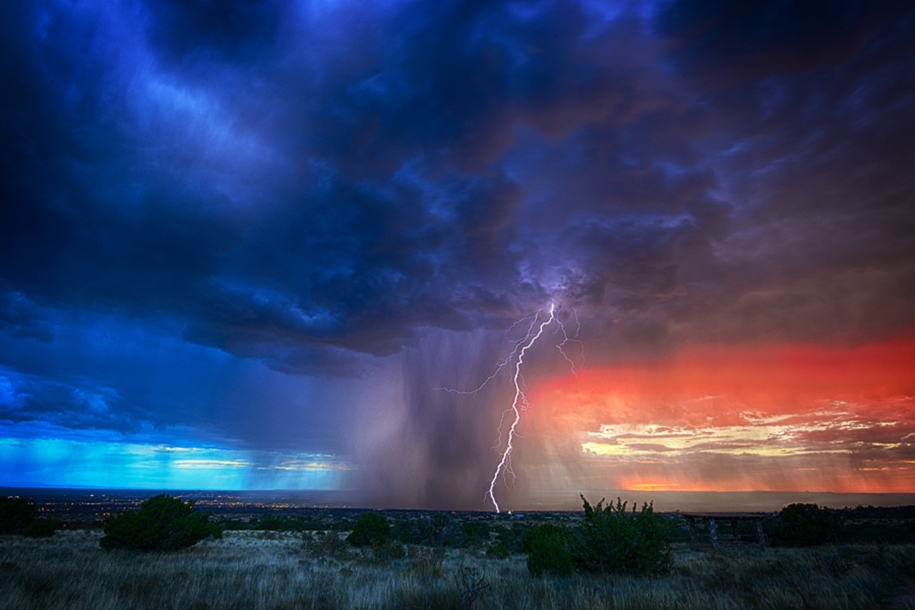 Lightning. natural energy in the lens of professional photographers 06