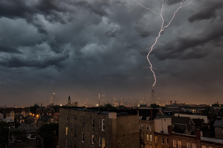 Lightning. natural energy in the lens of professional photographers 22