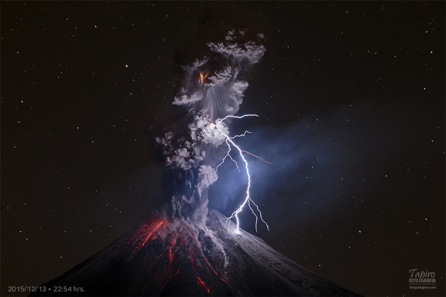 Lightning. natural energy in the lens of professional photographers 37