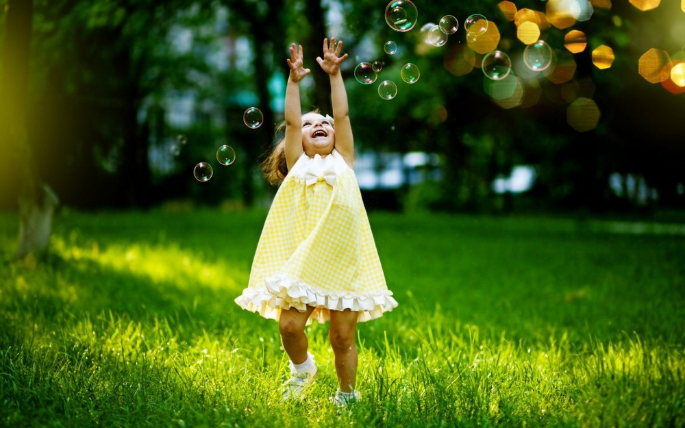 Positive photo with soap bubbles 00
