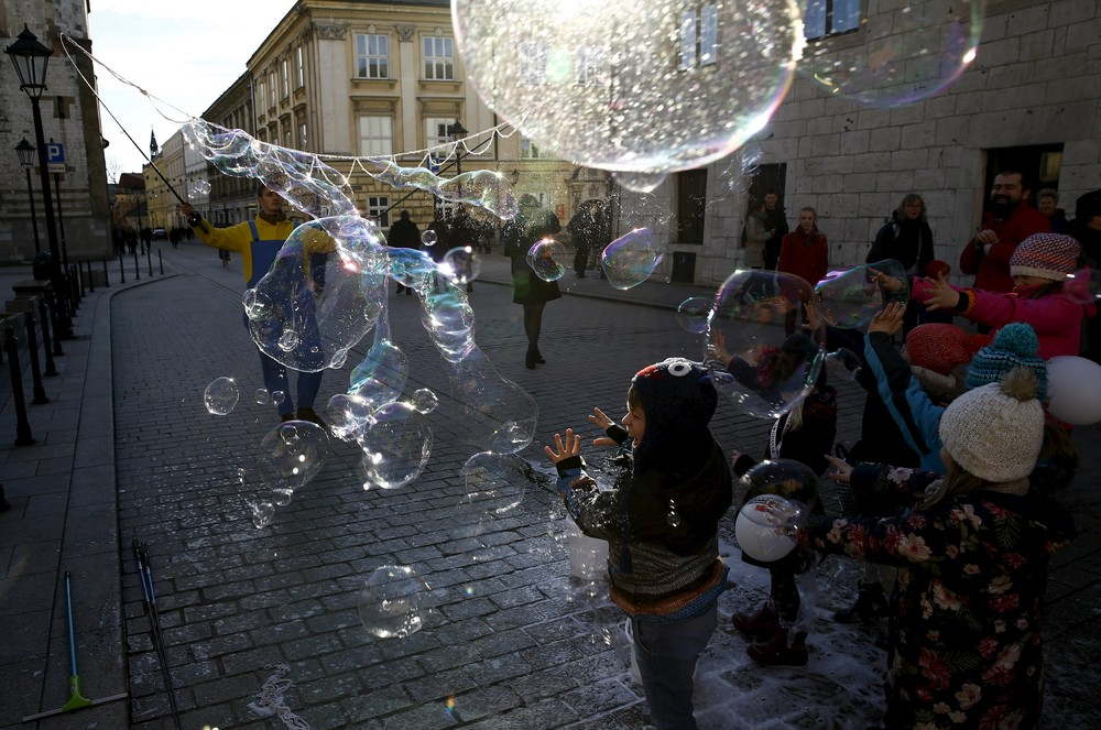 Positive photo with soap bubbles 06