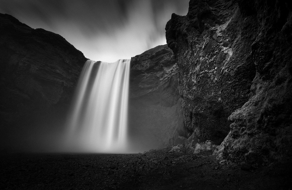 Scenic Norwegian waterfall, Seljalandsfoss 07