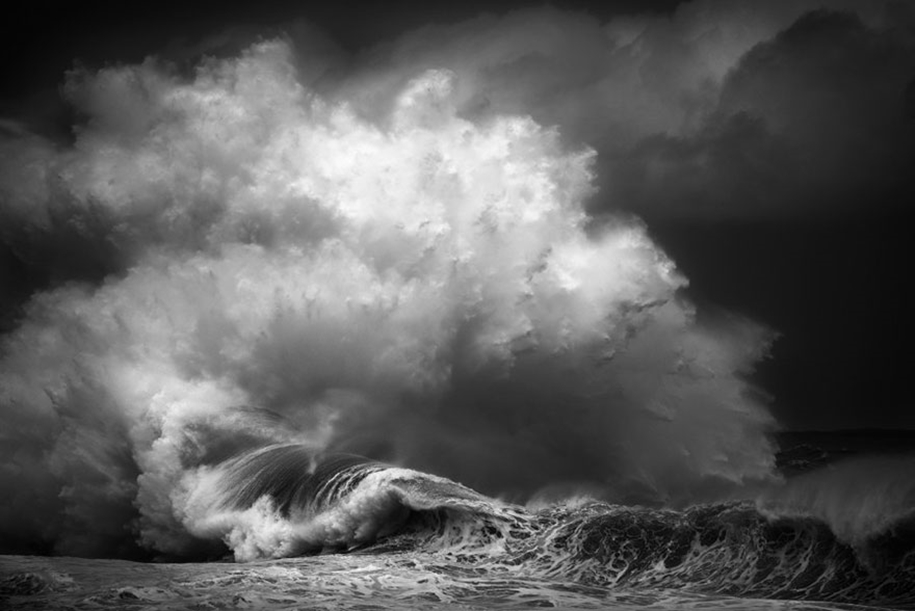 The awesome power of the huge waves in photos Luke Shadbolt 08