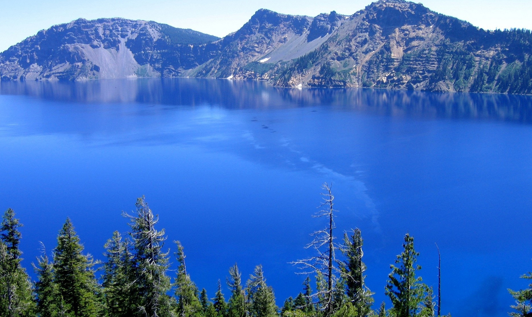 The deepest lake in the world 07