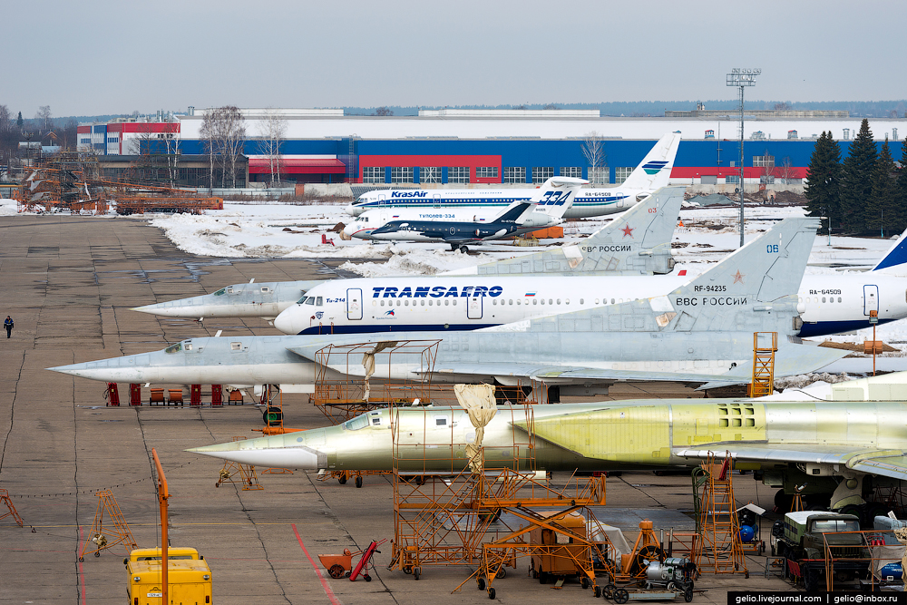 The production of aircraft Tu-160, Tu-22M3 and Tu-214_03