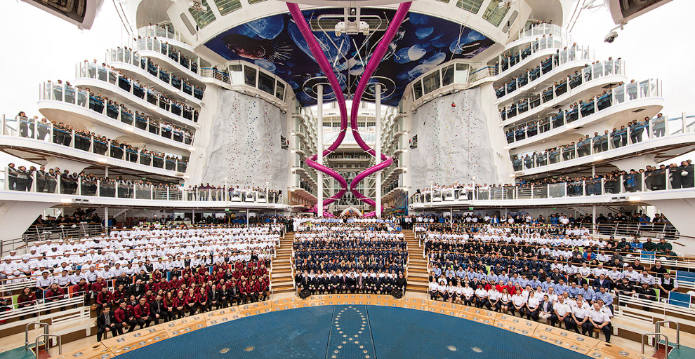 The world's largest cruise ship ready for your first journey 03
