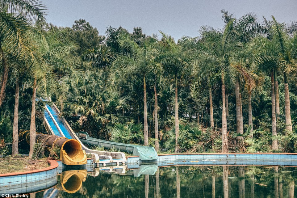 Vietnamese abandoned Waterpark 03