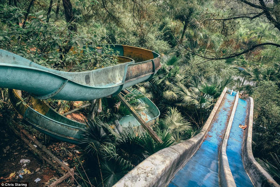 Vietnamese abandoned Waterpark 04