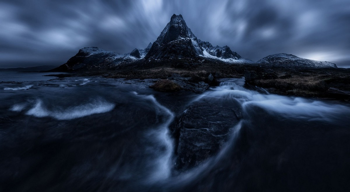Beautiful landscapes shrouded in darkness from Simon Ropes 04