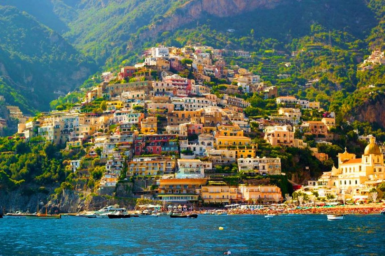 Colorful Amalfi coast 02