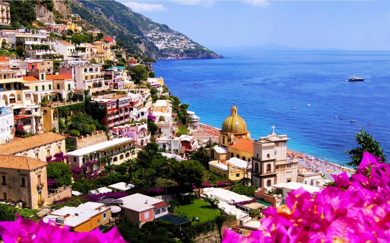 Colorful Amalfi coast 07