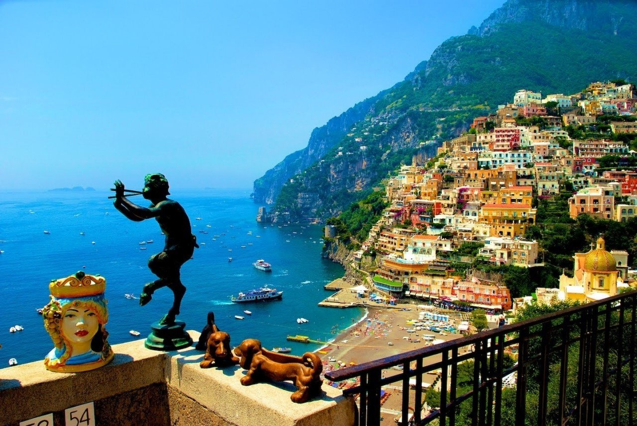 Colorful Amalfi coast 08