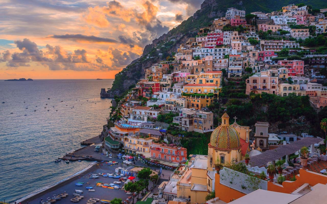 Colorful Amalfi coast 12