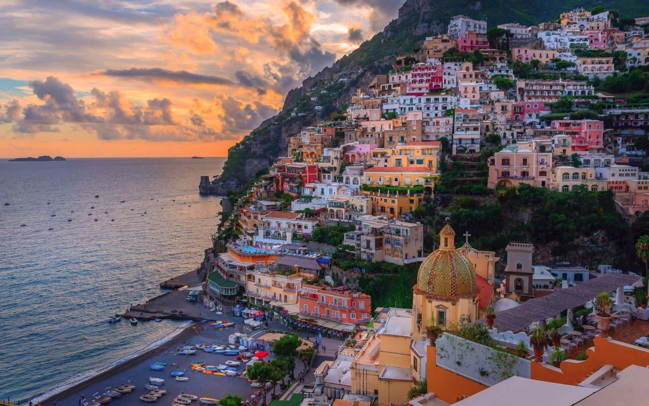 Colorful Amalfi coast 12