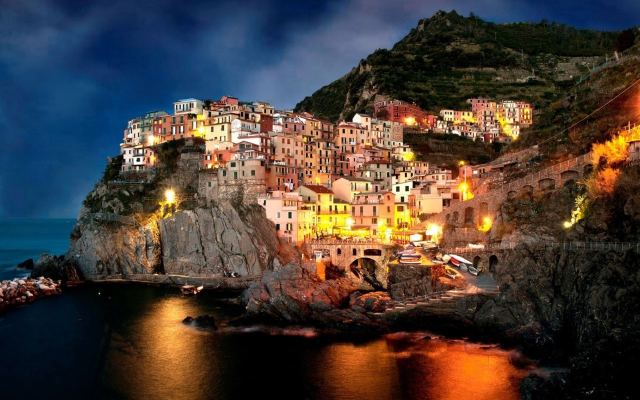 Colorful Amalfi coast 17