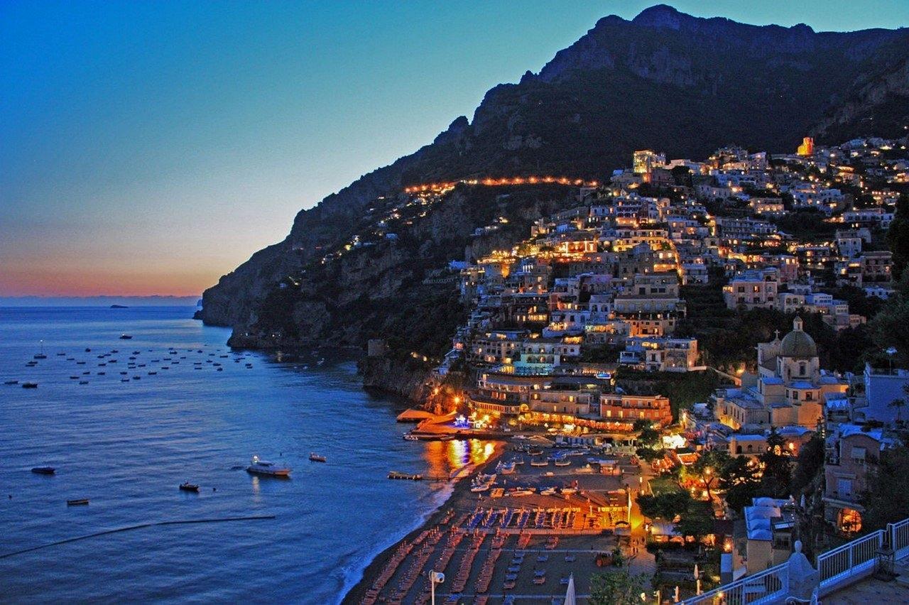 Colorful Amalfi coast 29