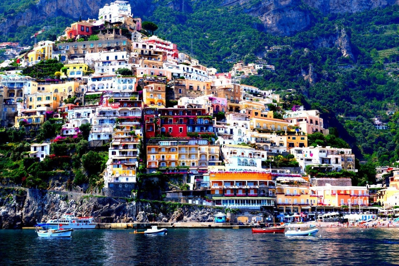 Colorful Amalfi coast 36