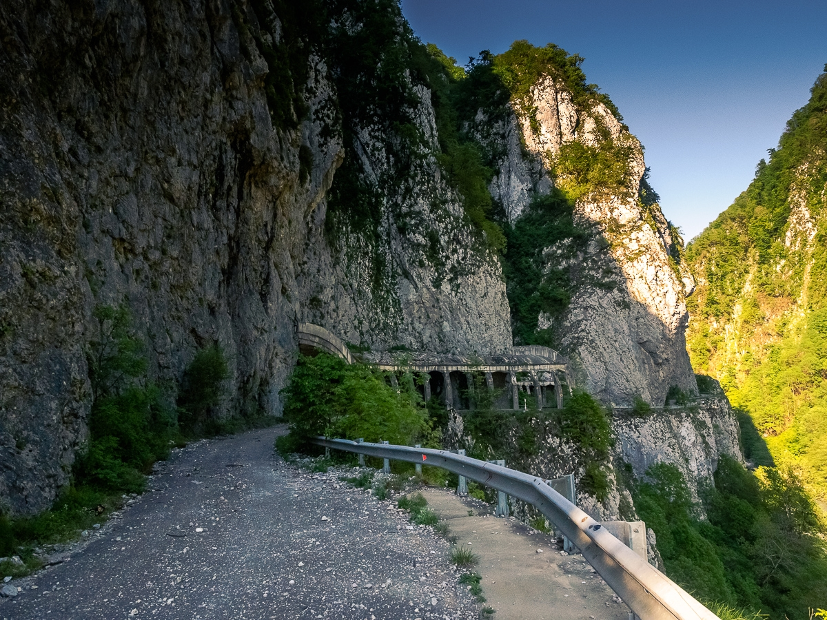 Deadly and terribly beautiful abandoned road to Sochi 03