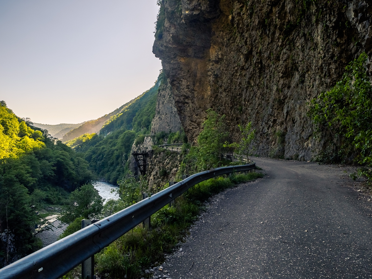 Deadly and terribly beautiful abandoned road to Sochi 31
