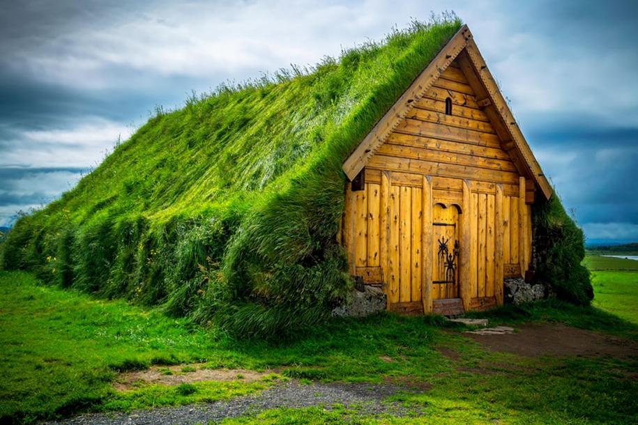 Fabulous beauty Scandinavian homes with green roofs 03