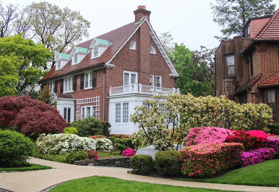 Forest hills gardens is one of the best areas of new York 31