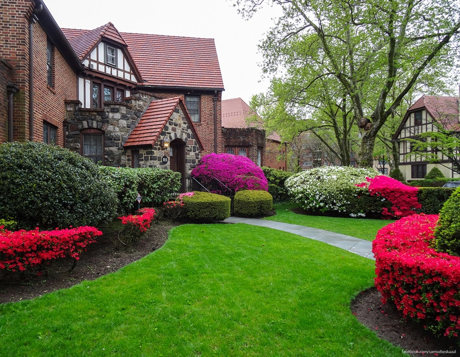 Forest hills gardens is one of the best areas of new York 33
