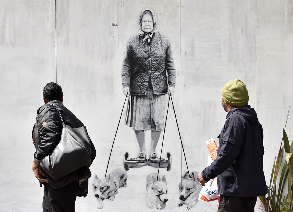 Interesting street art from the streets of different cities 06
