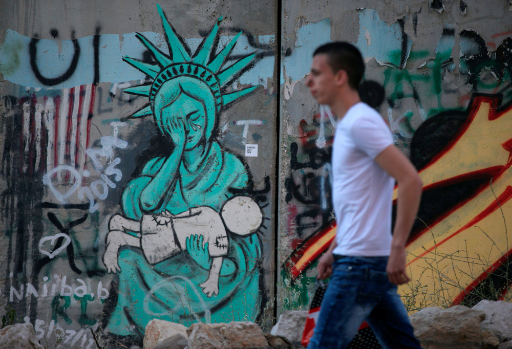 Interesting street art from the streets of different cities 13