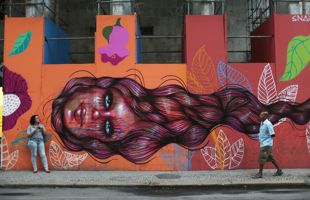 Interesting street art from the streets of different cities 18